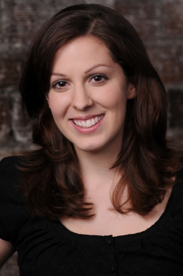 Image of Julia Beers Actor Headshot.